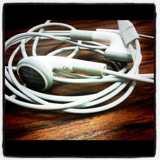 How to use your iPhone earphones like a pro